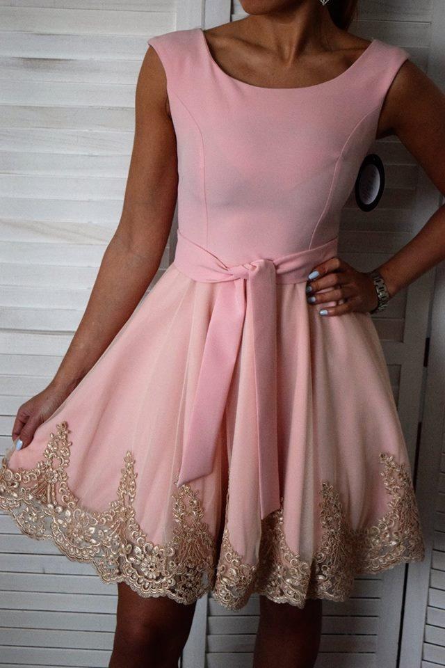 0d005a615c0b Elegantné šaty s krajkou - ružová. ZOBRAZIŤ