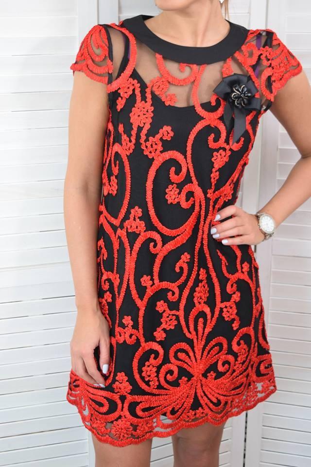 102241d81ccf Elegantné krajkové šaty - červeno čierna. ZOBRAZIŤ