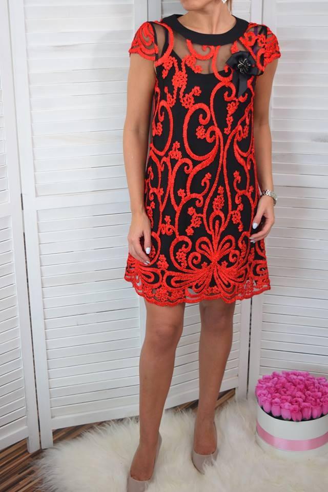 dcb29c04606c Elegantné krajkové šaty - červeno čierna. ZOBRAZIŤ