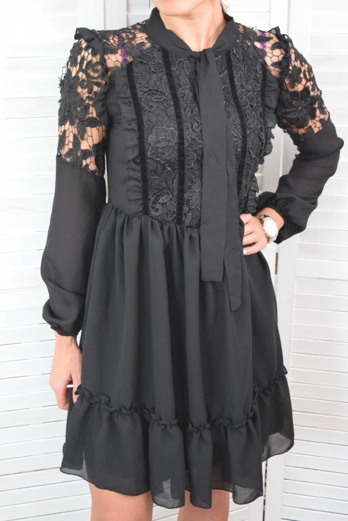 Elegantné šaty s krajkou - čierna. ZOBRAZIŤ c4e675cec8e