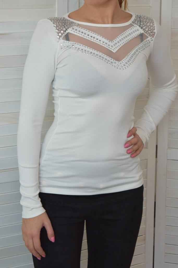 1a45fba7215f Elegantné biele tričko s dlhým rukávom s ozdobnými kamienkami. ZOBRAZIŤ